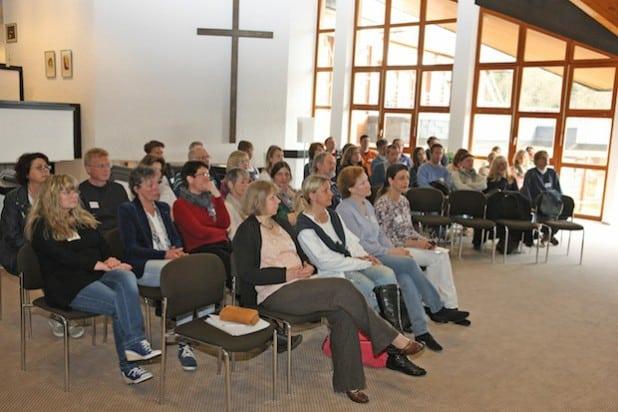 Knapp 60 Teilnehmer aus den Kollegien der vier Förderschulen waren nach Meinerzhagen gekommen (Foto: Hendrik Klein/Märkischer Kreis).