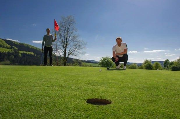 Der Golfplatz Schmallenberg-Winkhausen - Foto: Kur- & Freizeit GmbH, Schmallenberger Sauerland