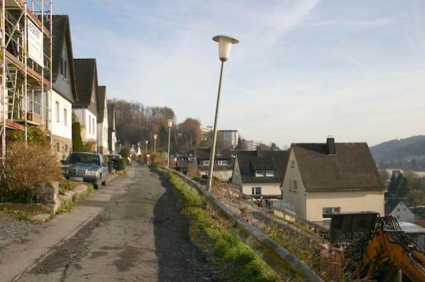 So sah der obere Teil der Hünenburgstraße vor der Sanierung aus (Foto: Stadt Meschede).