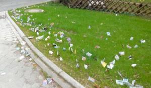"""Ärgerlicher """"Papierregen"""" in Bestwig: Gemeinde bittet um Hinweise"""