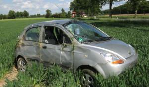 Welver-Dorfwelver: Auto überschlägt sich mehrfach
