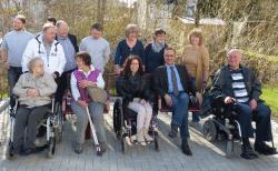 <b>Hilchenbach: Barrierefreie Sitzbank - Bitte platznehmen!</b>