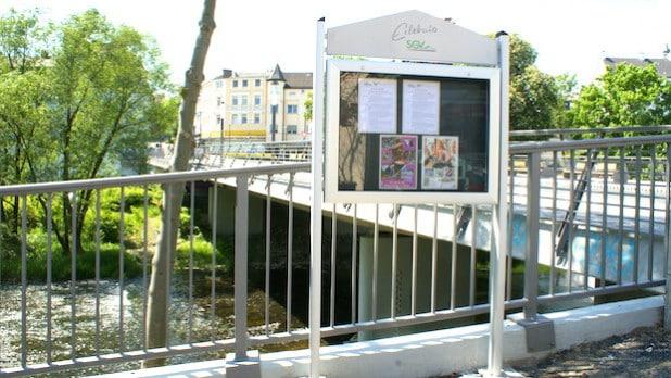 """Der neue """"SGV-Info.Punkt"""" an der Klosterbrücke (Foto: Klaus Peters)"""