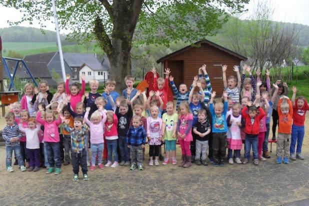 Freuen sich auf ein buntes Geburtstagsfest mit vielen Gästen: Die Jungen und Mädchen des Städtischen Kindergartens Wallen (Foto: Städtischer Kindergarten Wallen).