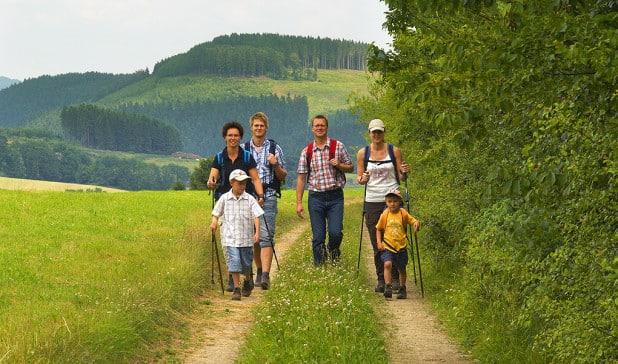 Auch die angebotene Wanderung für Familien endet im Sauerlandpark (Foto: SGV).