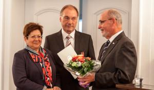 Bundesverdienstkreuz am Bande für Elmar Reuter aus Olsberg