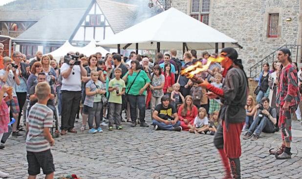 Auf der Burg Altena geben sich die Gaukler ein Stelldichein (Foto: Klein/Märkischer Kreis).