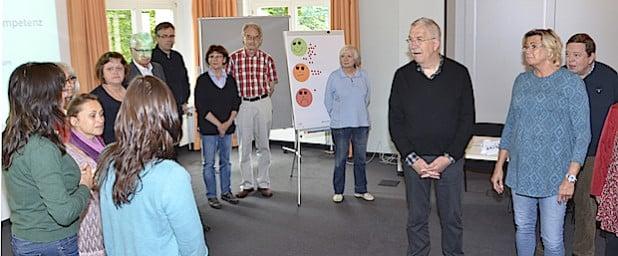 """Ehrenamtlich Tätige aus der Stadt Soest schulte das Kommunale Integrationszentrum jetzt in den Räumen der Bürgerstiftung Hellweg in """"Interkultureller Kompetenz"""" (Foto: Kreis Soest)"""
