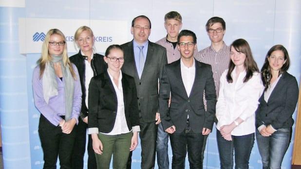 Sechs Studierende stellten im Lüdenscheider Kreishaus die Ergebnisse ihrer Projeiktarbeit vor (Foto: Hendrik Klein/Märkischer Kreis).