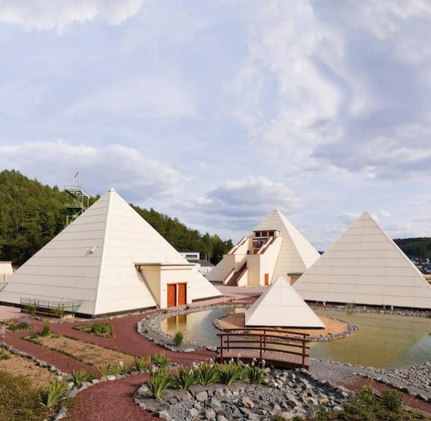 In vier Pyramiden begeistert der Galileo-Park in Lennestadt-Meggen als Wissens- und Rätselpark seine Gäste mit interessanten und außergewöhnlichen Ausstellungen und besonderen Events (Foto: Spreeforum International GmbH).