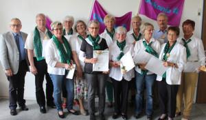 Grüne Damen und Herren sorgen für Lichtblicke im Klinikalltag