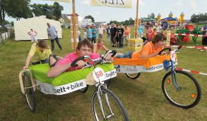 Vom nostalgischen Hochrad bis zum E-Bike: ein Fest rund ums Fahrrad