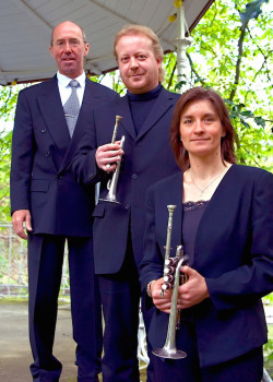 Ein Bild des Trios - Foto: Klaus Stehling