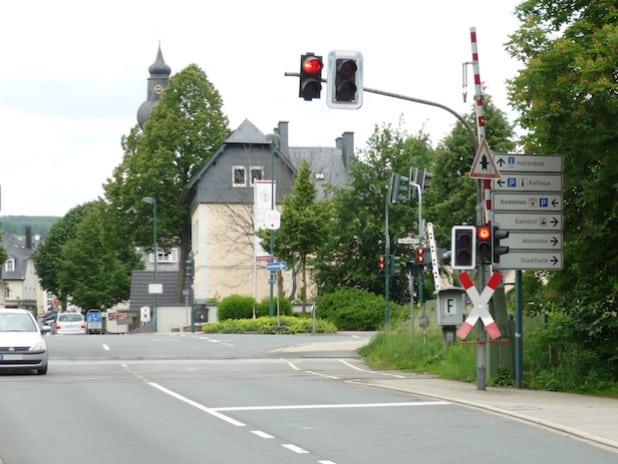 Der Bahnübergang in Attendorn wird während der Sommerferien saniert (Foto: Hansestadt Attendorn).