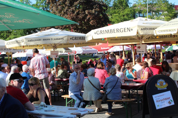Gut besucht, aber nicht zu voll. Idealer Start der Bierbörse in Meinerzhagen.
