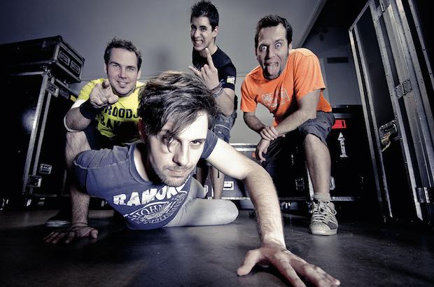 """Photo of Punkrockparty """"auf Deutsch"""" mit Alex im Westerland"""