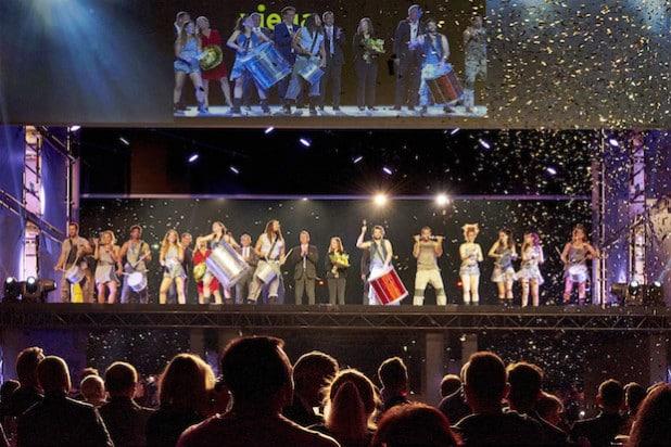 """Großes Finale der Roadshow """"Viega Experience"""" in der Kölner Lanxess-Arena. Insgesamt kamen mehr als 14.000 Besucher zu sieben Veranstaltungen in Deutschland und Österreich (Foto: Viega GmbH & Co. KG)."""