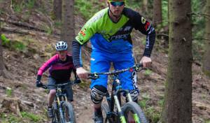 Hot-Spot für Mountainbiker: Top-Fahrer haben Radon-Trailpark getestet