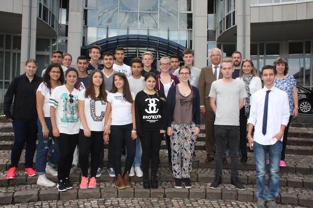 Photo of Deutsche und israelische Jugendliche begegnen sich