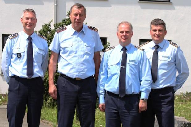 Generalleutnant Joachim Wundrak (2.v.l.) besuchte kürzlich den Einsatzführungsbereich 2 in Erndtebrück (Foto: Daniel Heinen).