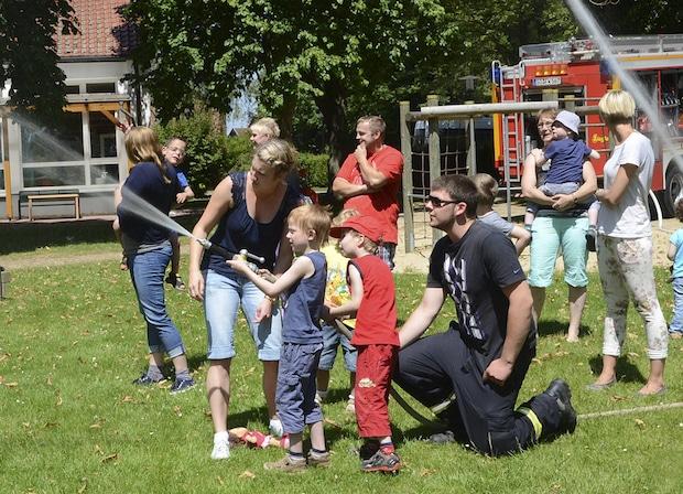 Photo of Soest: Kleine Brandschützer ganz groß