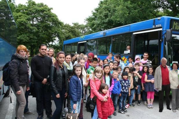 Das Ehepaar Binder (rechts) regte einen Zoobesuch für Asylbewerber- und Flüchtlingskinder an (Foto: Stadt Lippstadt).