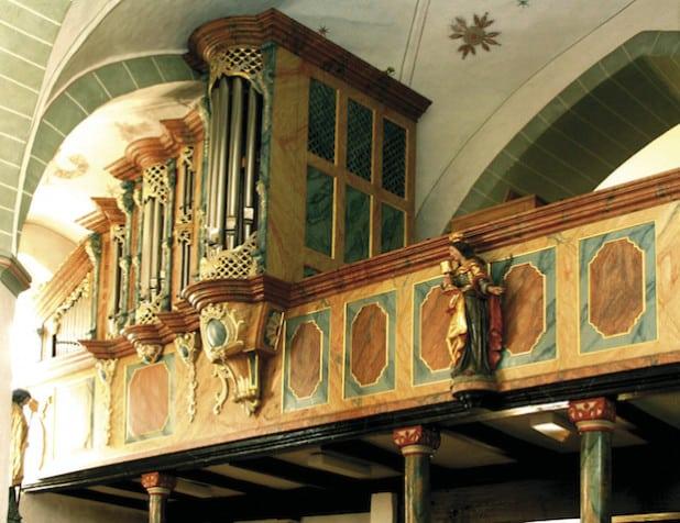 Die Eversberger Orgel (Foto: U. Hengesbach)