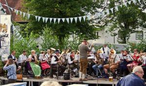 Doppelter Anlass zum Feiern: Bühnen-Shows und Bayernfest am Möhnesee
