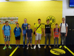 <b>Städtischer Kinder und Jugendtreff Heide-Hombruch besuchte den BVB</b>