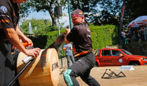 Dirk Braun aus Winterberg fährt zur Deutschen Meisterschaft der Sportholzfäller