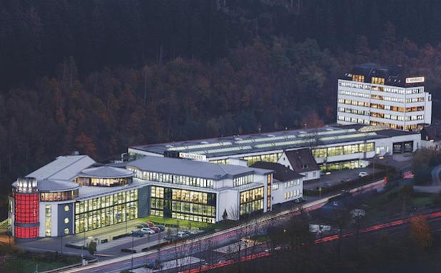 Seit der Gründung 1935 als Elektrohandwerksbetrieb hat sich Mennekes zu einem weltweit agierenden Unternehmen entwickelt (Foto: Mennekes Elektrotechnik GmbH & Co. KG).