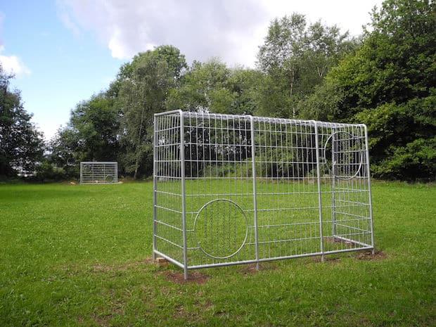 Photo of Neue Spielgeräte auf dem Spielplatz Holzhausen und Bolzplatz Lippe