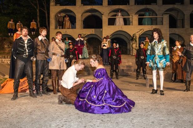 D'Artagnan wird feierlich zum Königlichen Musketier ernannt - Foto: Freilichtbühne Hallenberg e.V.
