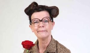 """Frieda Braun mit """"Rolle vorwärts"""" in Soest"""