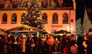 Wer macht mit beim Weihnachtsmarkt in Attendorn?
