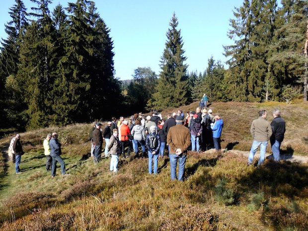 Photo of Über 50 Besucher bei Führung auf dem mittelalterlichen Altenberg
