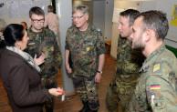 Bundeswehr hilft in der Notunterkunft