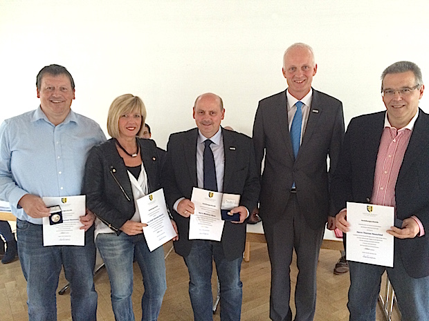Photo of Langjährige Ratsmitglieder ausgezeichnet
