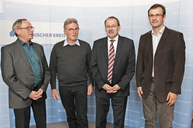 Trafen sich zum Gedankenaustausch: (von links) Eckehard Beck, Günter Nülle, Landrat Thomas Gemeke und Sebastian Pahlke (Foto: Hendrik Klein/Märkischer Kreis).