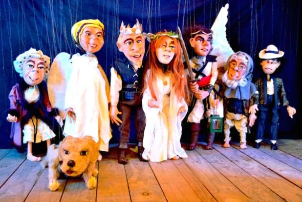 Die Marionettenbühne Mummenschanz spielt für Flüchtlinge (Quelle: Märkischer Kreis).