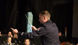 Jahreskonzert des Musikzugs der Freiwilligen Feuerwehr Olpe mit weihnachtlichem Charme