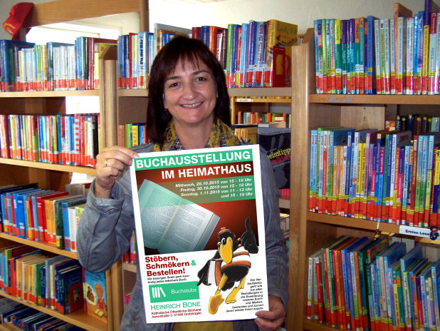 Simone Stachelscheid, Mitarbeiterin der Buchstube Heinrich Bone KöB (Quelle: Drolshagen Marketing e.V.)