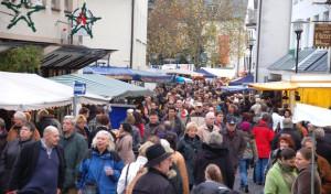 Der Martini-Markt in Attendorn läutet die Weihnachtszeit ein