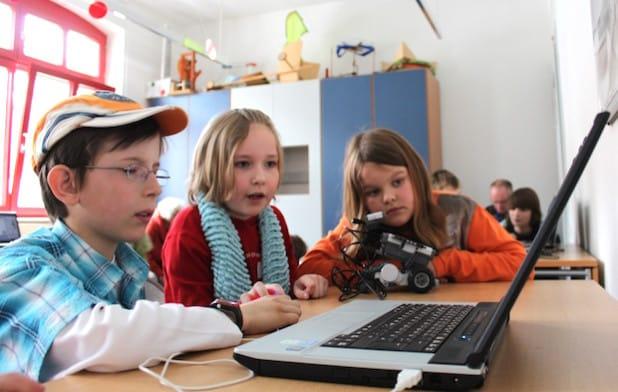 """Ein Foto aus dem Workshop """"Roboter"""" - Foto: Phänomenta Lüdenscheid"""