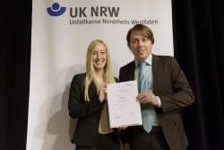 <b>Unfallkasse NRW belohnt Sparkasse Finnentrop für guten Arbeits- und Gesundheitsschutz</b>
