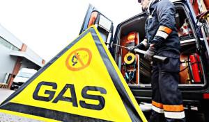 Feuerwehreinsatz: Hestenbergtunnel in Plettenberg wegen gasähnlichem Geruch gesperrt