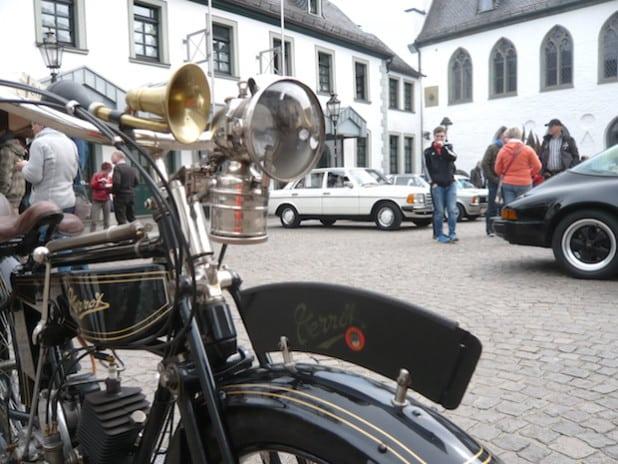 Der Oldtimertreff in der Attendorner Innenstadt (Quelle: Karl-Heinz Wolbeck)