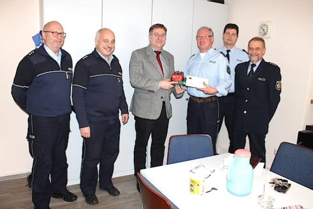 Auf dem Foto abgebildet sind von links nach rechts: W. Grau, T. Dickel, P. Wagener, M. Siegmund, A. Wanzek und P. Mähner (Foto: Stadt Netphen).