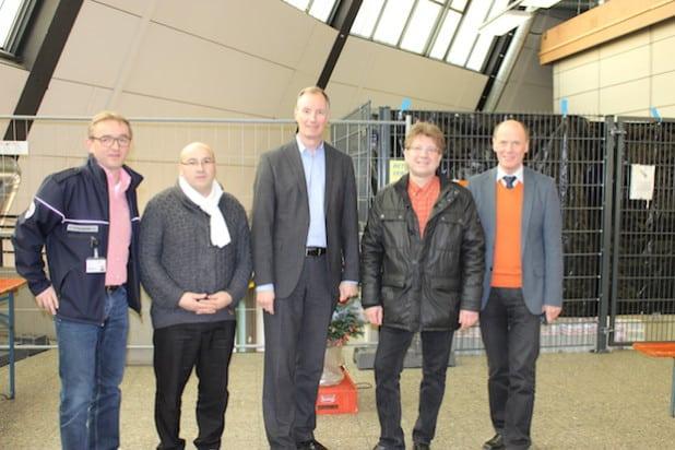 V.l.n.r.: Thorsten Tillmann (Vorstand DRK), Ramazan Kilic (Leiter des Sozialdienstes), Dr. Matthias Heider MdB, Jan-Uwe Völkel (Leiter der Flüchtlingsunterkünfte in Attendorn und Olpe) und Wolfgang Teipel (Foto: Büro Heider).