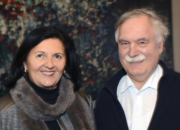 Landrätin Eva Irrgang hat zu Beginn der Kreistagssitzung am Donnerstag, 3. Dezember 2015, Fritz Henneböhl (SPD) aus Rüthen als neues Kreistagsmitglied verpflichtet (Foto: Thomas Weinstock/Kreis Soest).